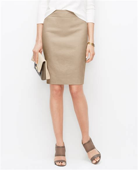 linen blend pencil skirt in lyst