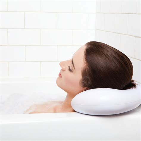 pillow for bathtub 5 best spa bath pillow with suction cups enjoy luxurious