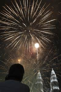 new year events in kuala lumpur 2015 pictured dramatic new year s moments worldwide daily