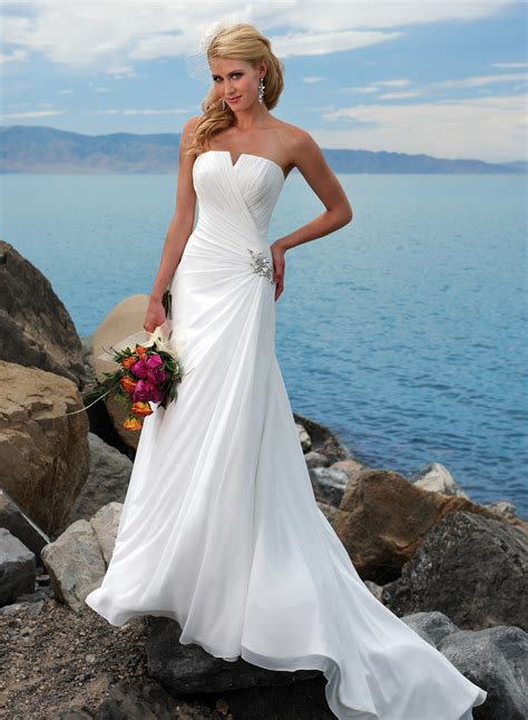wedding dresses strapless 7 strapless wedding dresses for your classic look