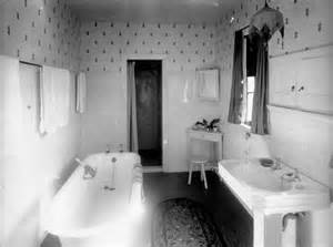 a 1920s bathroom home d 233 cor and furnishings te ara