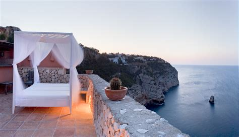 global houses life on top six luxury cliff houses for sale mansion global