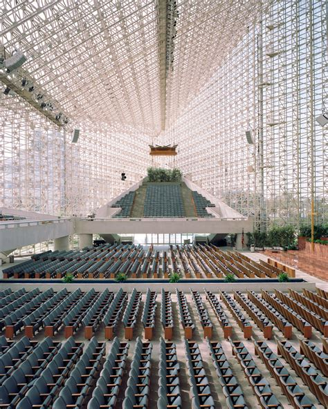 Delightful Mega Churches In Michigan #5: Crystalcathedral.jpg