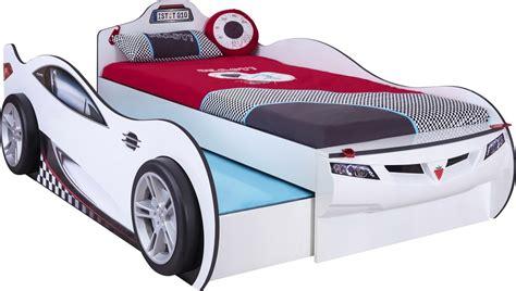 kinderbett unten schlafen oben spielen cilek coupe autobett kinderbett bett ausziehbett real