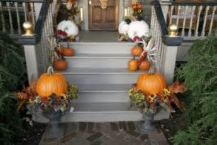 Fall Decorations For Outside The Home Octoberfarm Fall Decorating
