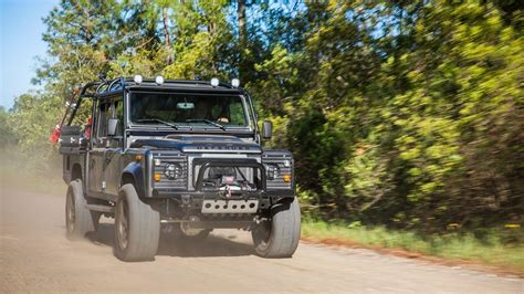 new land rover defender coming by 2019 land rover defender confirmed coming with five body