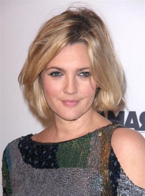 medium hairstyles for moms drew barrymore short bob hairstyles for moms styles weekly