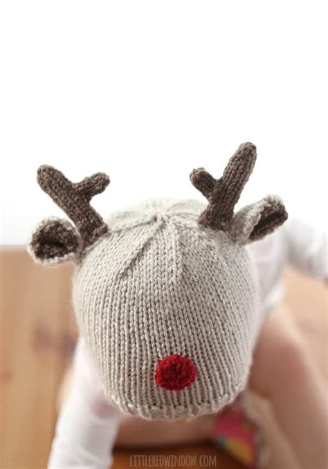 tiny baby hat knitting pattern tiny reindeer hat knitting pattern window