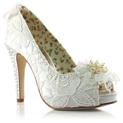 Bridal Shoes For by Wedding Shoes For Brides Wardrobelooks