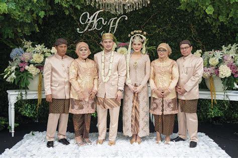 Wedding Adat Sunda by Pernikahan Adat Sunda Yang Modern Andini Nurmalasari