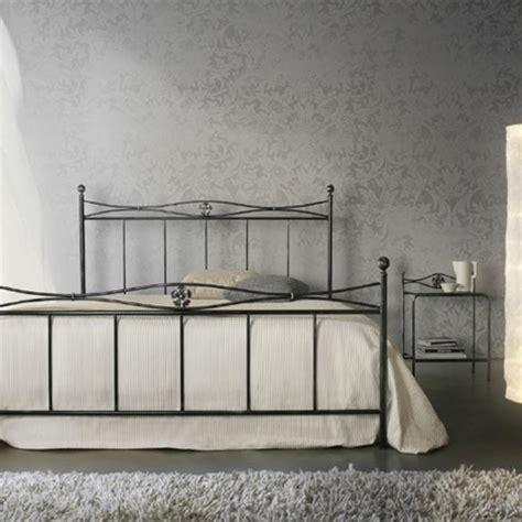 pediera letto letto in ferro battuto con pediera letti a prezzi scontati