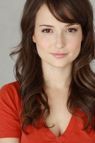 verizon commercial actress my newest tv crush is lily the at t supervisor