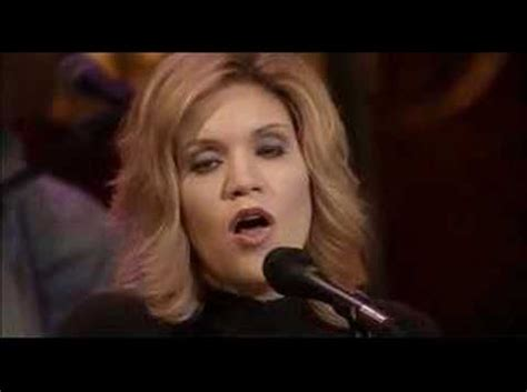 alison krauss union station liza 1000 ideas about song artists on phonics song