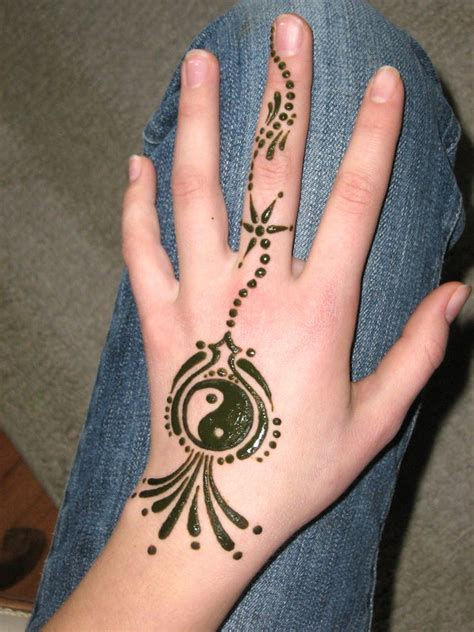 black and white henna tattoo designs henna japanese symbol black and white circle henna