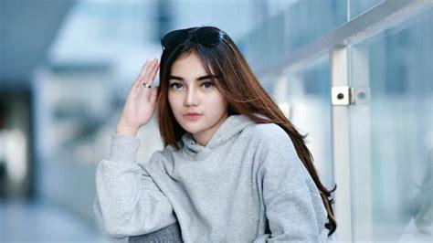 model hijab cantik gaphotoworks  photo  wallpapers