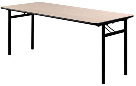 table de salle des fetes table bois salle des fetes wraste