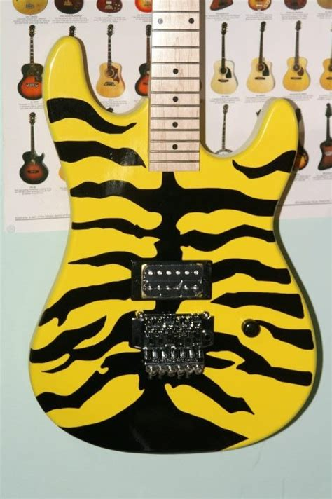 Miniatur Gitar Elektrik 27 27 best images about groovy guitars on