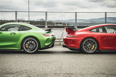 mercedes amg gt r vs porsche 911 gt3 test review