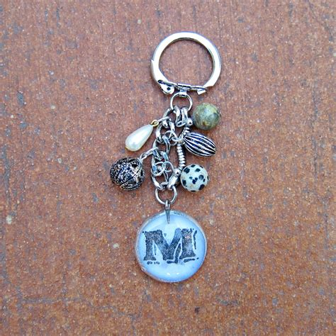 How To Make Handmade Keychains - anthropologie inspired diy keychain
