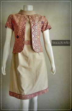Kk067 Kain Batik Bahan Katun Bawahan Kebaya Kutubaru batik modern atasan batik bahan katun kombinasi embos warna merah warna dasar putih dengan