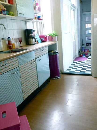 plakplastic keuken diy plakfolie op keukenkastjes