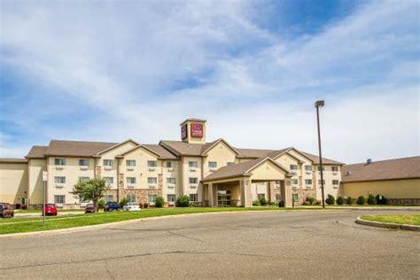 comfort suites wisconsin comfort suites of johnson creek updated 2017 hotel