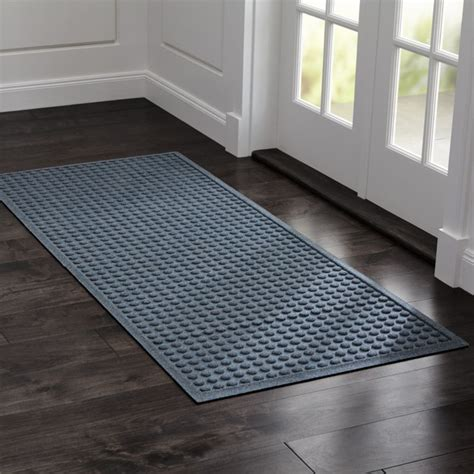 Doormat Reviews by Thirsty Dots Grey Large Doormat Reviews Crate And Barrel
