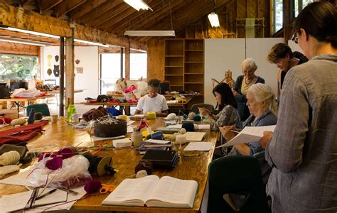 knitting classes at knitting and sunning at haystack fiber folio