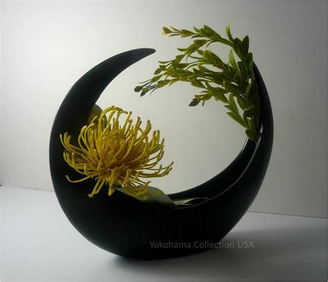 japanese 9 quot h ceramic crescent shape ikebana flower