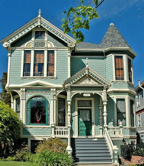 design your own victorian home 34 best yellow houses images on pinterest victorian