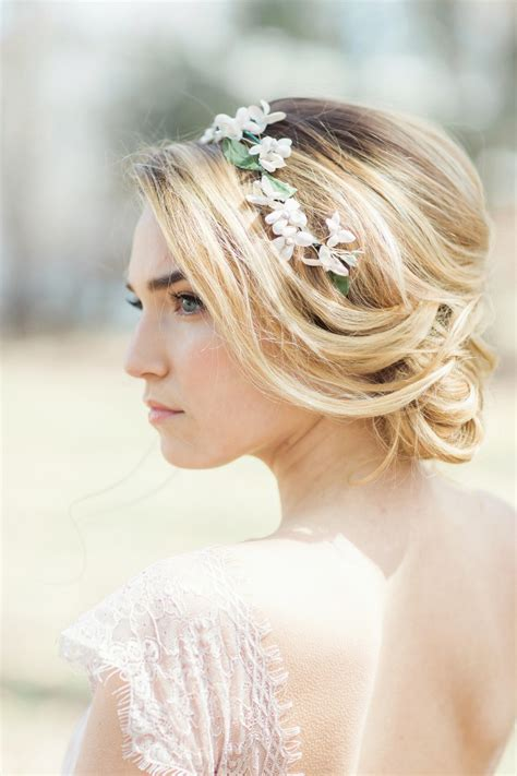 5 Inspired Wedding Hairstyles by Flower Power Classic Floral Wedding Hairstyles By Jackie