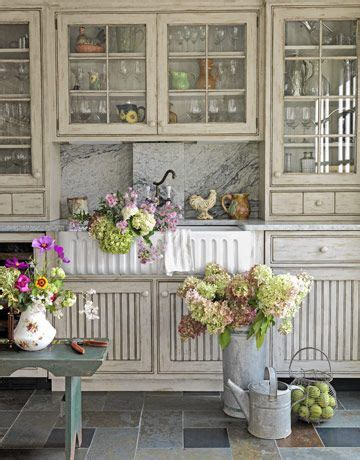kitchen redo ideas 157 best images about glass cabinets on pinterest