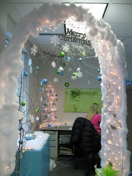 cubicle holiday decorating contest themes 167 best cubicle office decorating contest images on ideas