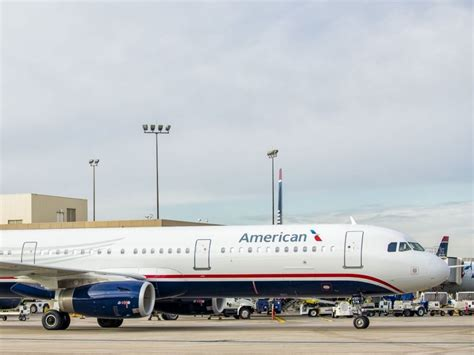 photos american completes quot heritage quot plane rollout with twa aircal paint