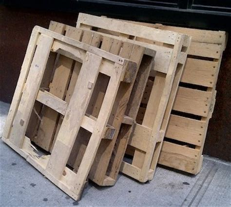 Shipping Pallet by Shipping Pallet Diy Projects 5 You Can Make Bob Vila