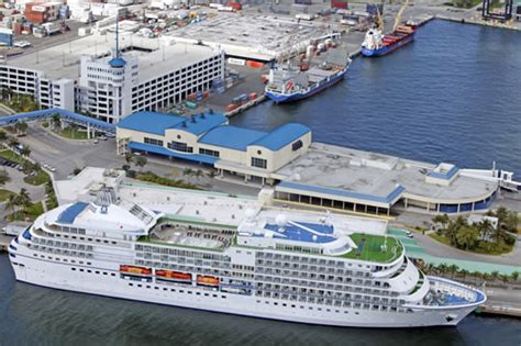 Fort Lauderdale Car Rental Shuttle To Port Everglades by Port Everglades Cruise Port Fort Lauderdale