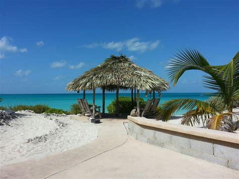 Tiki Hut Bahamas Sea Cottage On Gorgeous S Vrbo