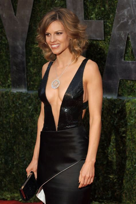 hilary swank vanity fair hilary swank photos photos 2010 vanity fair oscar party