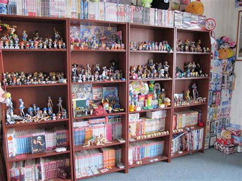 otaku room top 15 incredibly cool otaku rooms around the world myanimelist net