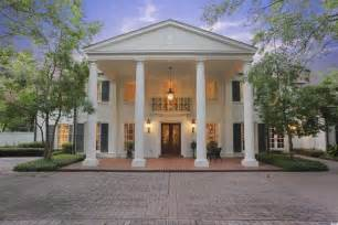 Colonial Style Home by River Oaks Home In Houston Texas Is A Fine Example Of