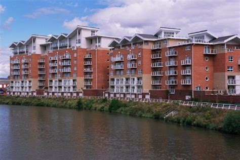 capital apartments century wharf cardiff wales