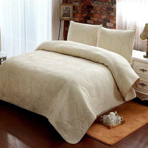 luxury summer white quilt pcs setquiltpcs pillow case