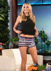 heidi klum flashes her pants on the ellen degeneres show