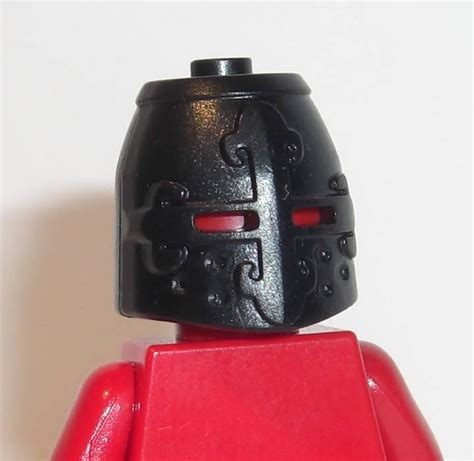 Part Lego Minifigures Headgear Helmet 246 brickforge knight s helmet black headgear lego