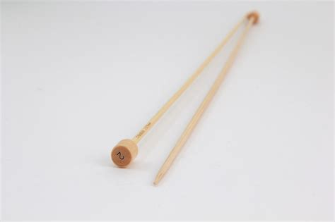 knitting with bamboo needles bamboo 12 quot single point knitting needles size 2 knitting
