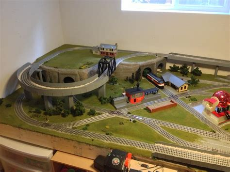 Expanding Table Plans by Does Anyone Have Any 5x9 Fastrack Plans O Gauge