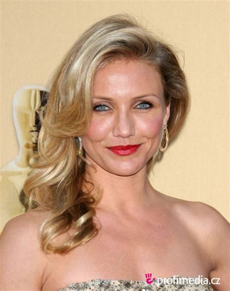 hairstyles with a flair cameron diaz s inspiring hairstyles for women with fine hair