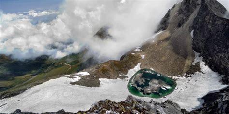 Shoo Himalaya Di Malaysia kisah menakutkan di balik danau tengkorak himalaya