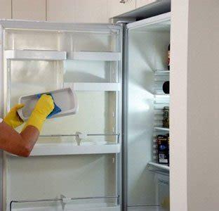 Lemari Es Yg Paling Kecil cara membersihkan lemari es cara membersikan