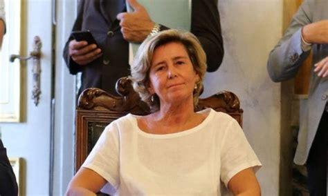 ufficio stranieri genova genova comune sotto accusa per il blitz per trasferire 16